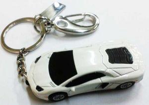 Флешка Автомобиль белый