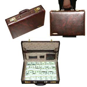 Чемоданчик сувенирный «Подпольный миллионер Корейко»